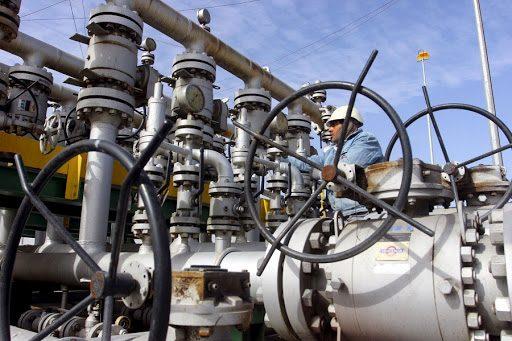 SA and Saudi Arabia discuss building oil refinery in SA